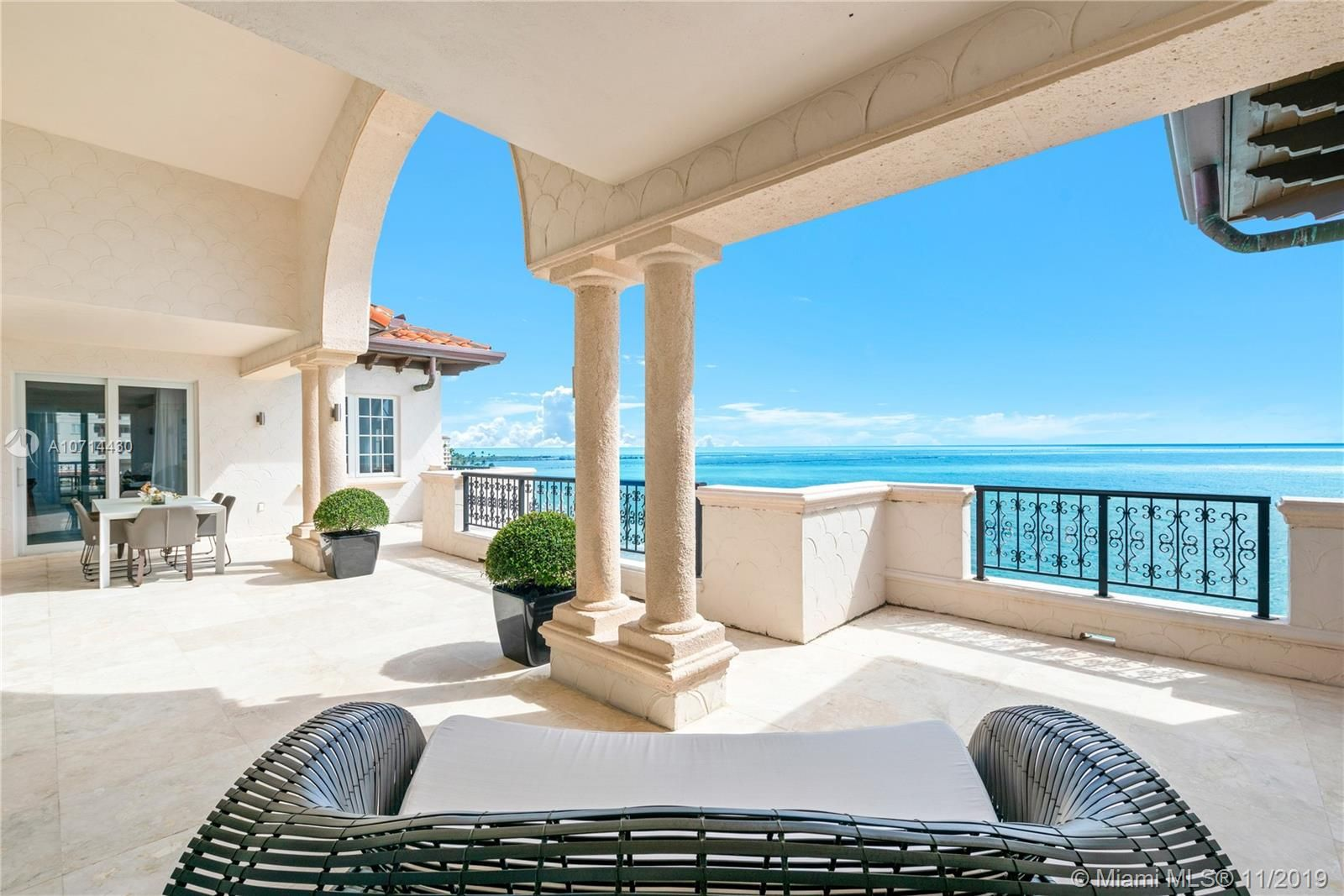 7964 Fisher Island Dr