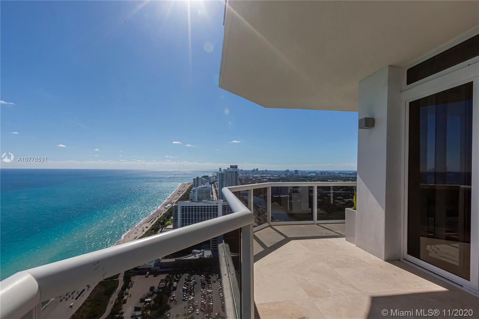 4775 Collins Ave