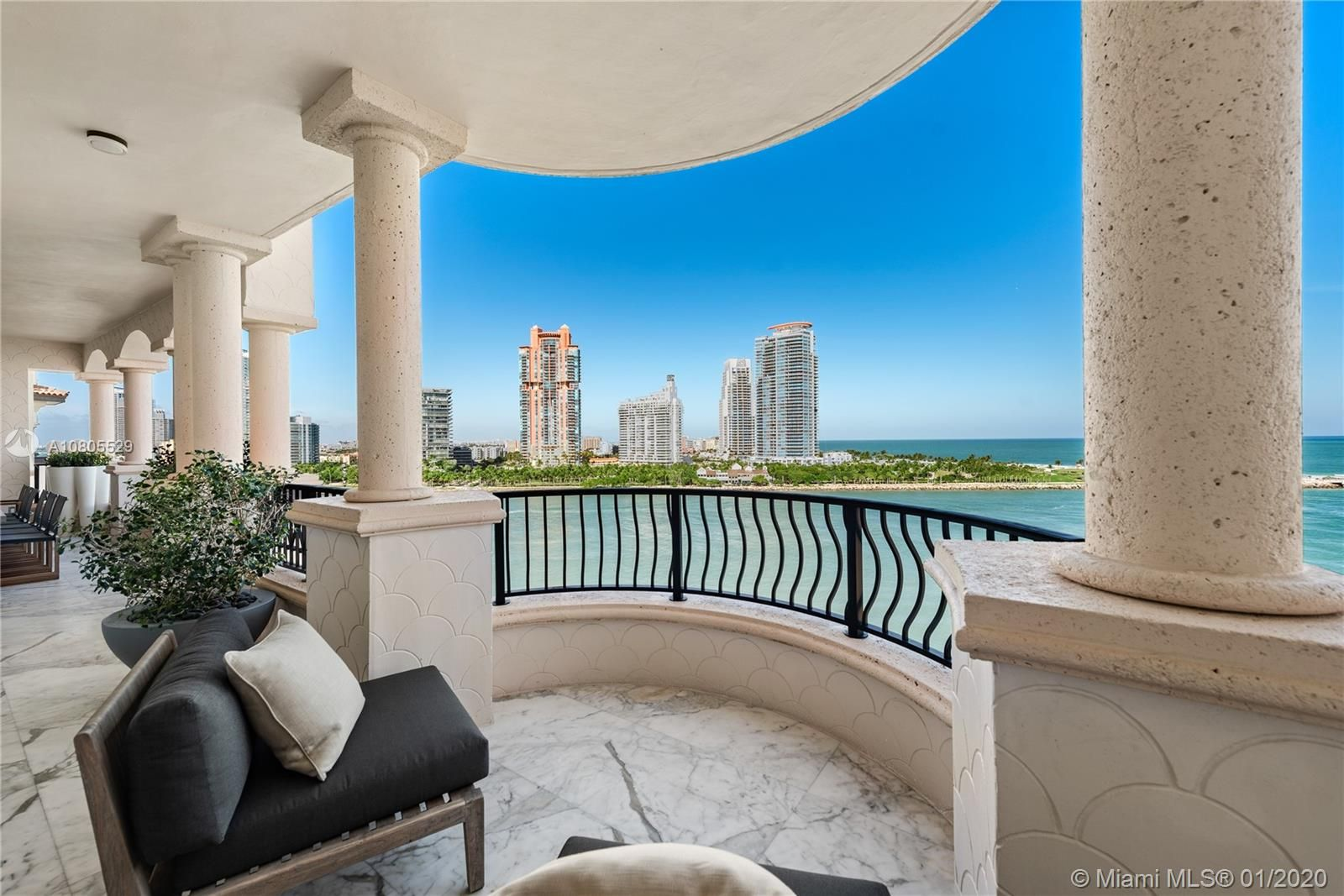 7192 Fisher Island Dr