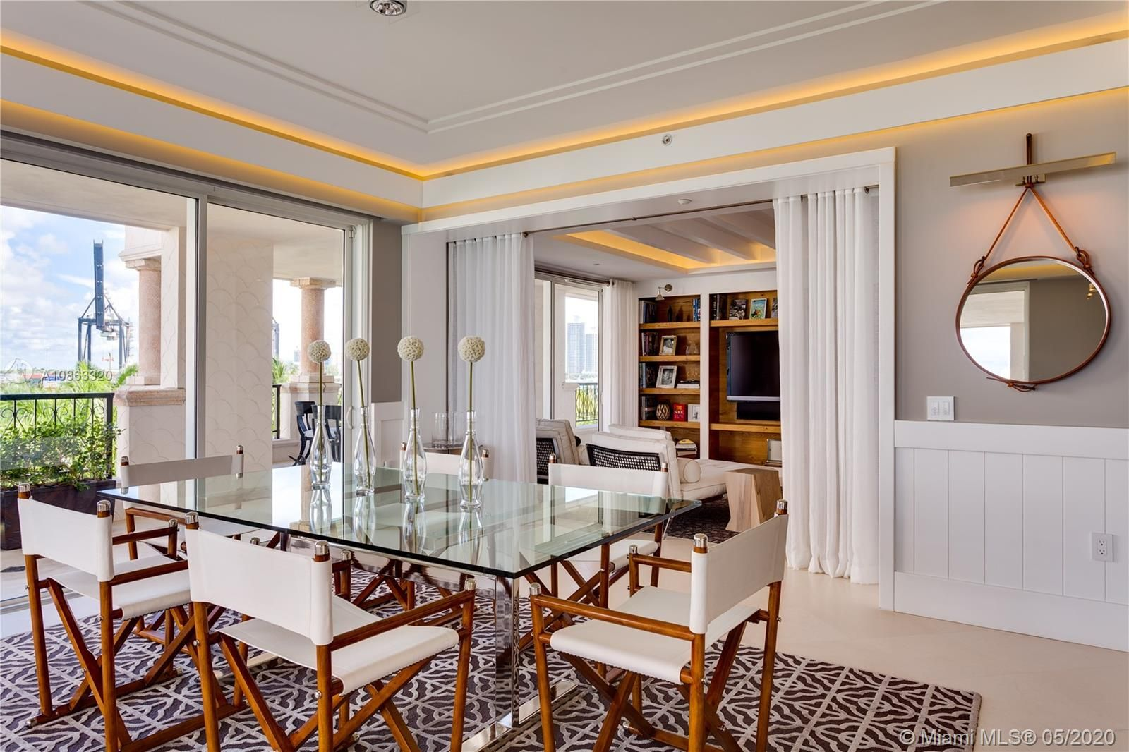 5044 Fisher Island Dr