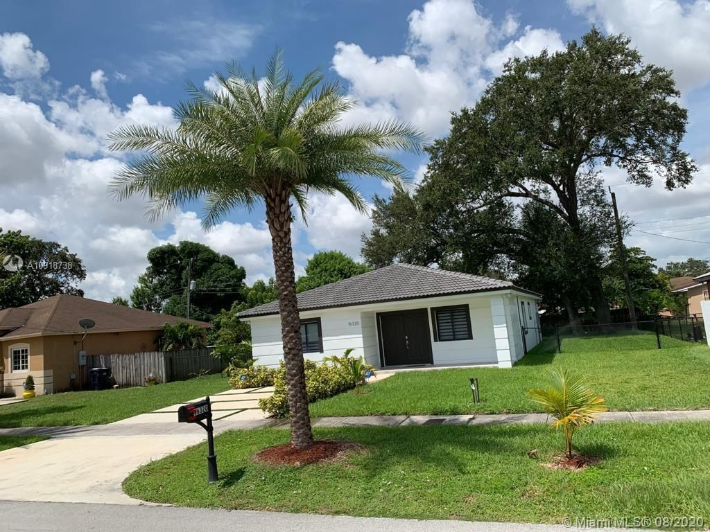 16320 NW 40th Ct