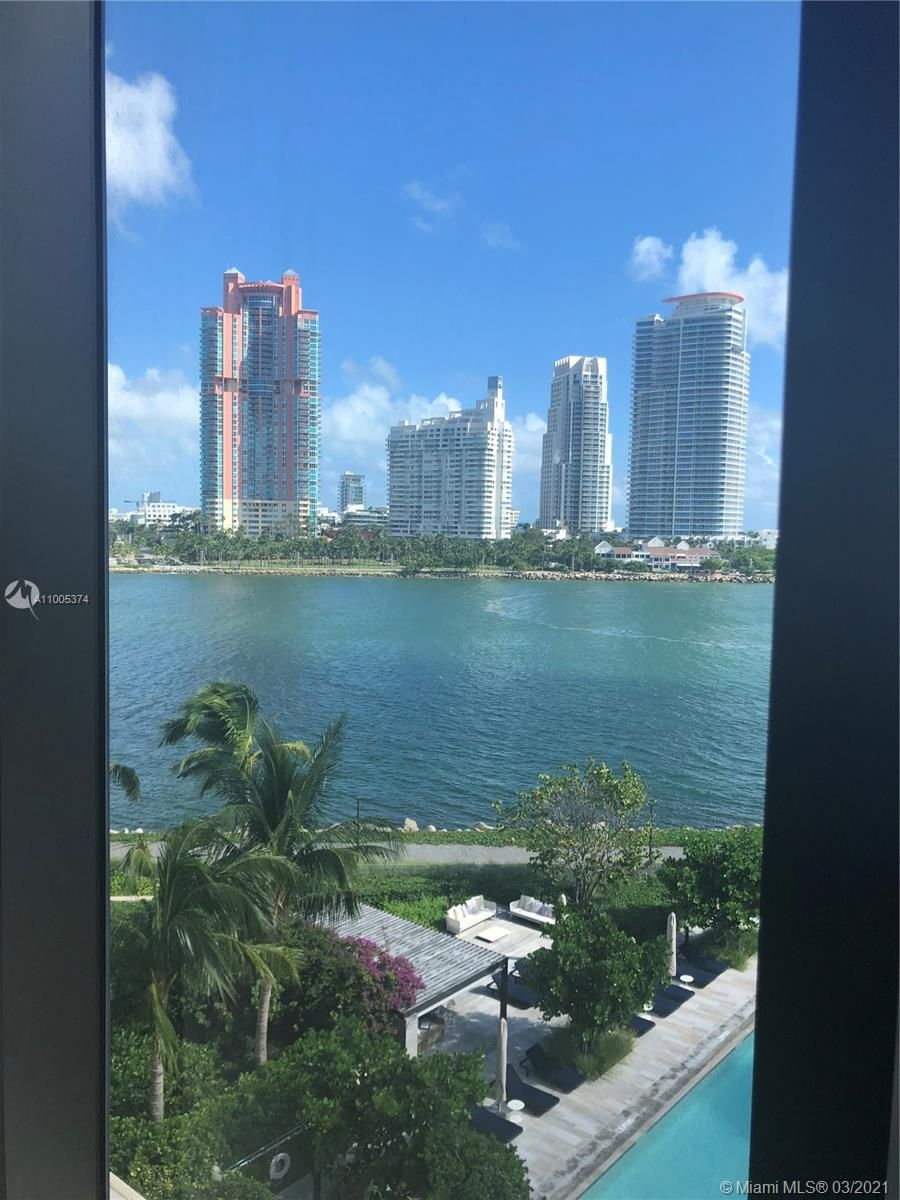 7055 Fisher Island Dr