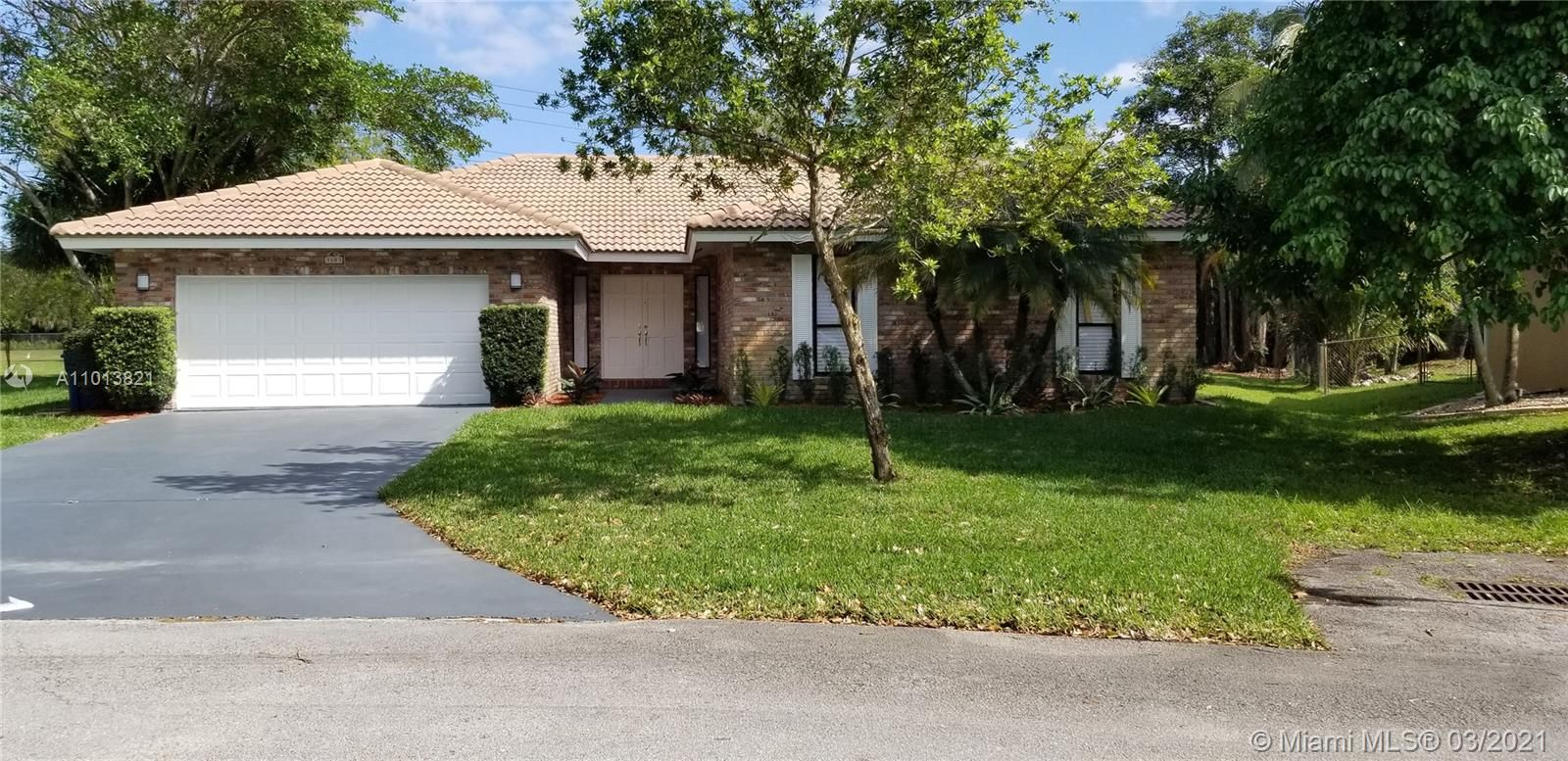 3803 NW 69th Ter