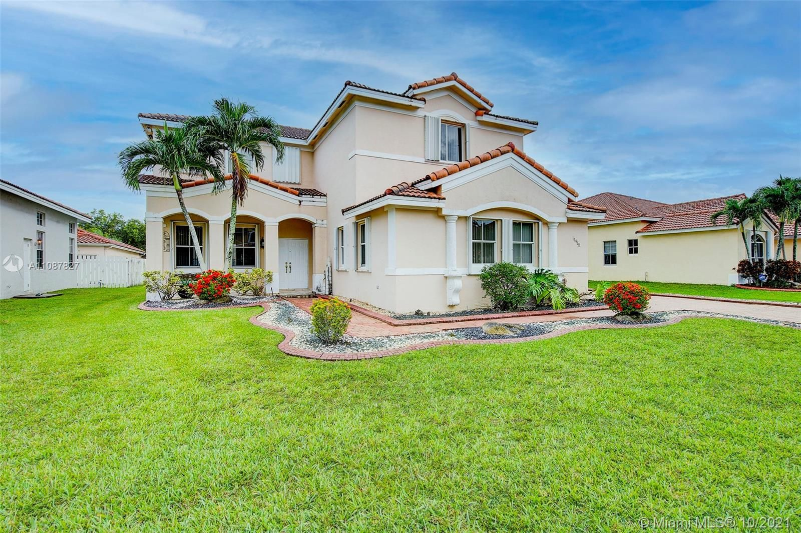 16460 NW 16th St