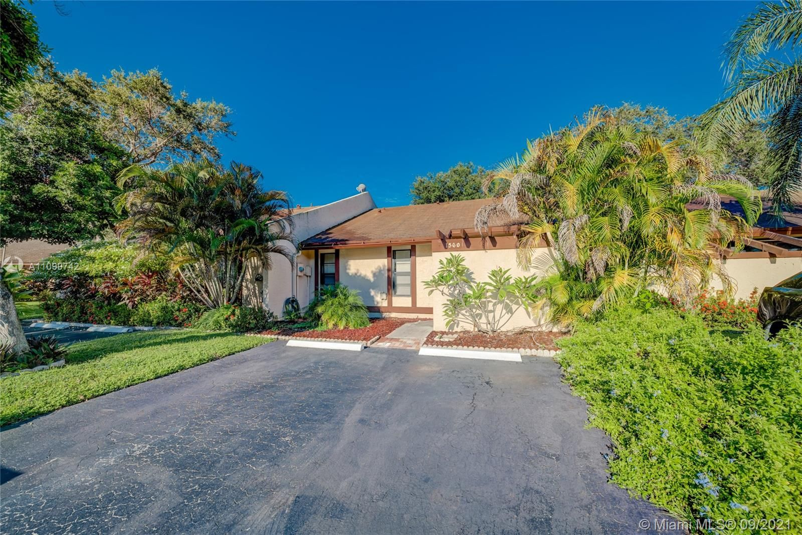1560 NW 98th Ter