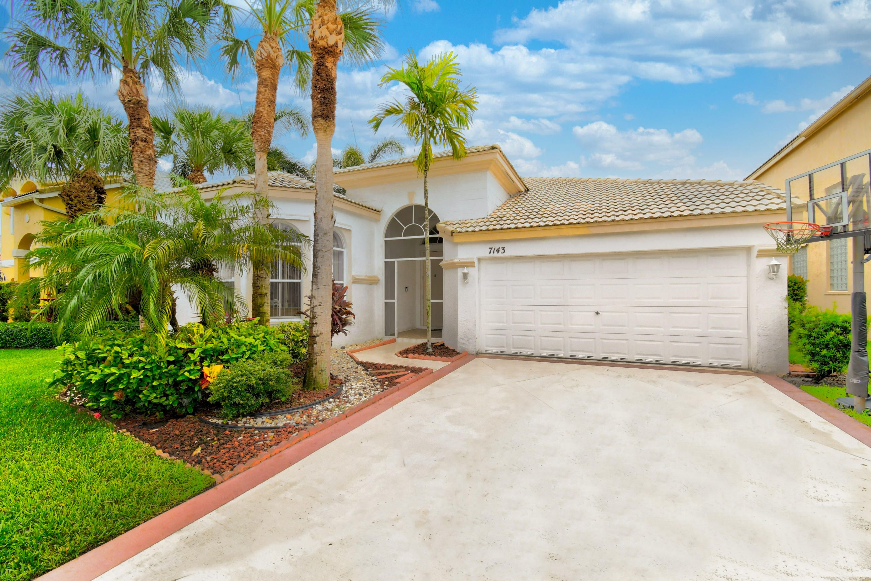 7143 Copperfield Circle