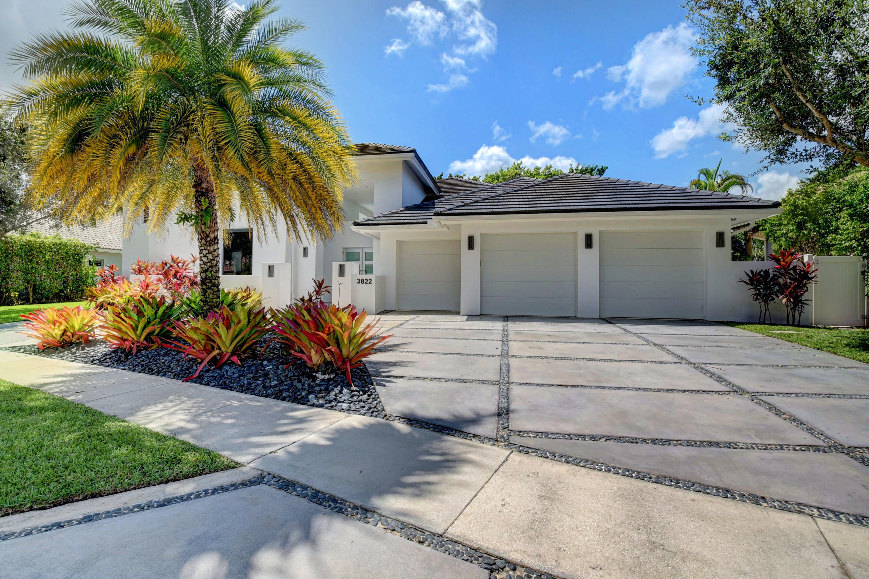 3822 NW 52nd Street