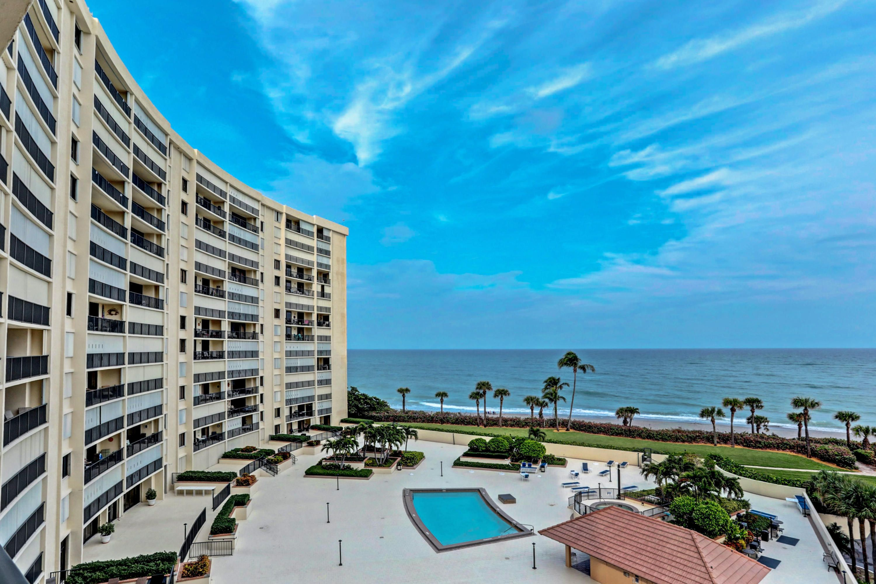 400 Ocean Trail Way