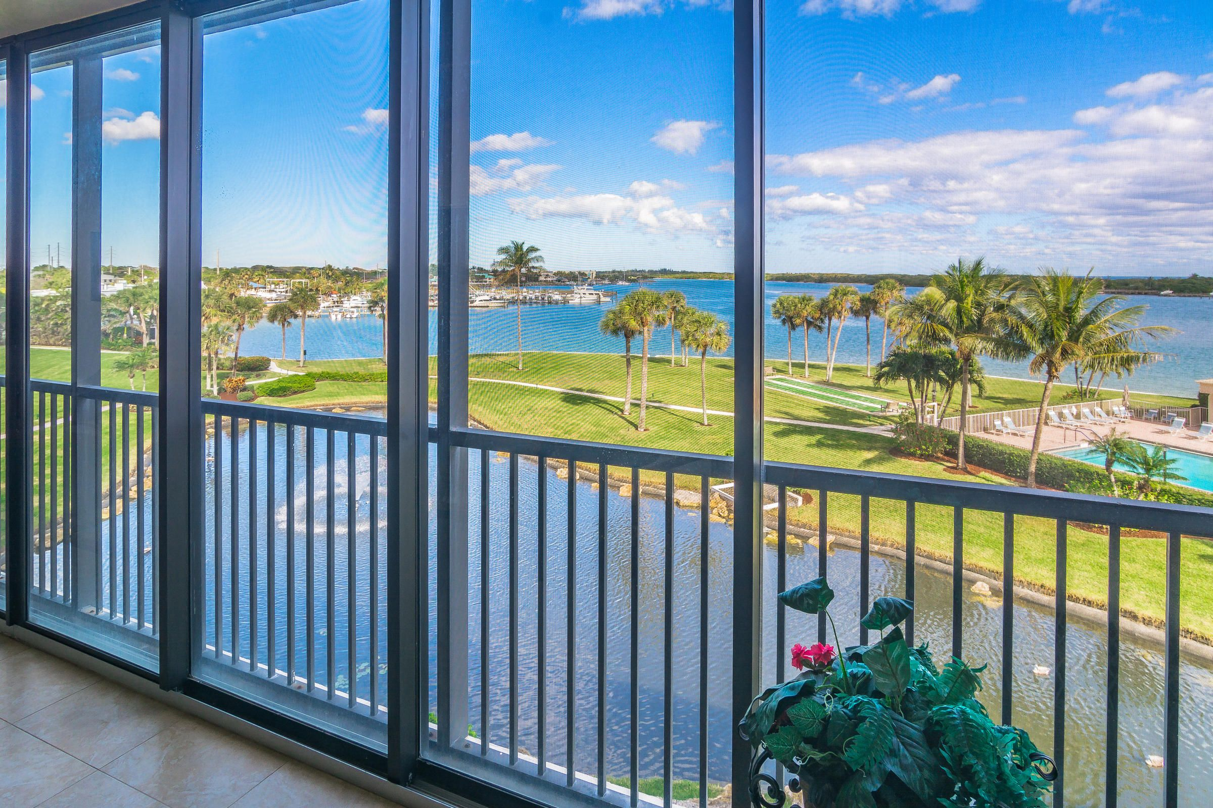 200 Intracoastal Place