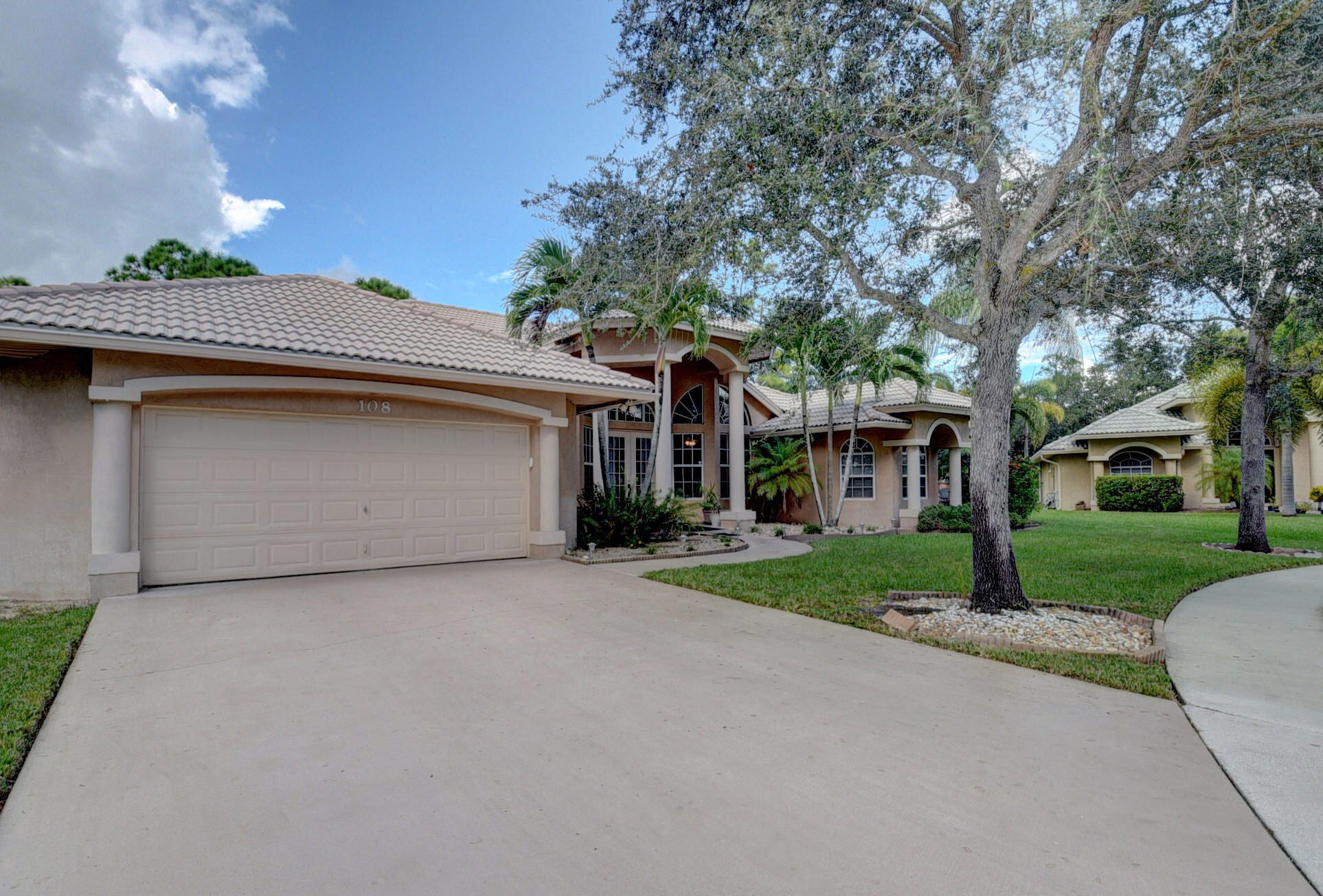 108 Silver Bell Crescent