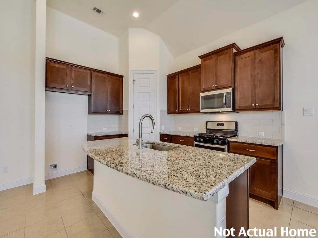 2432 Indian Clover Trail