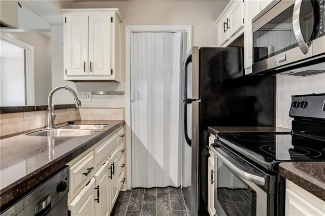 12027 W 58th Place