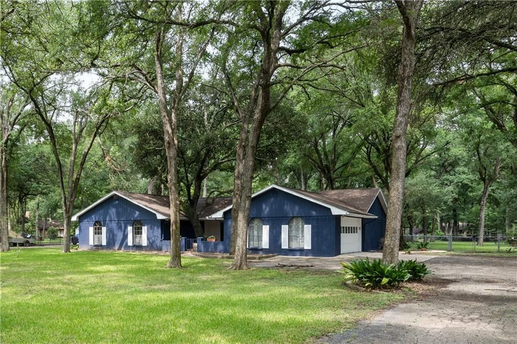 3167 Wooded Acres Road