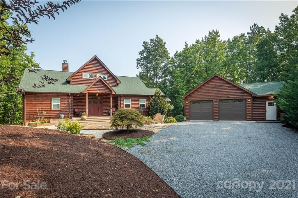52 Lakeview Trail