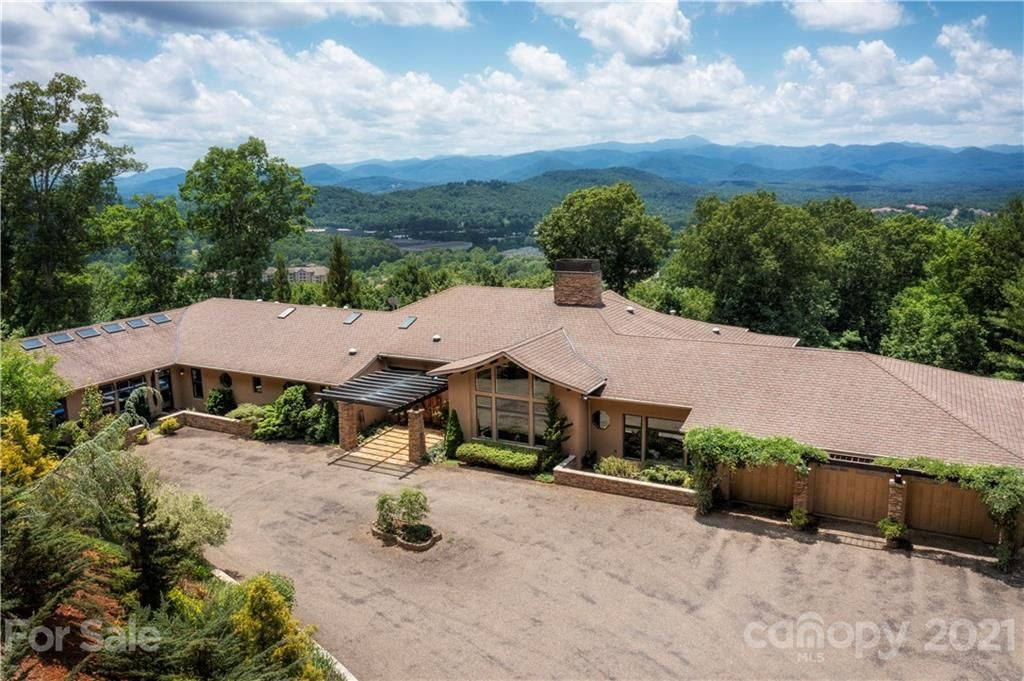 1 Secluded Vista Drive