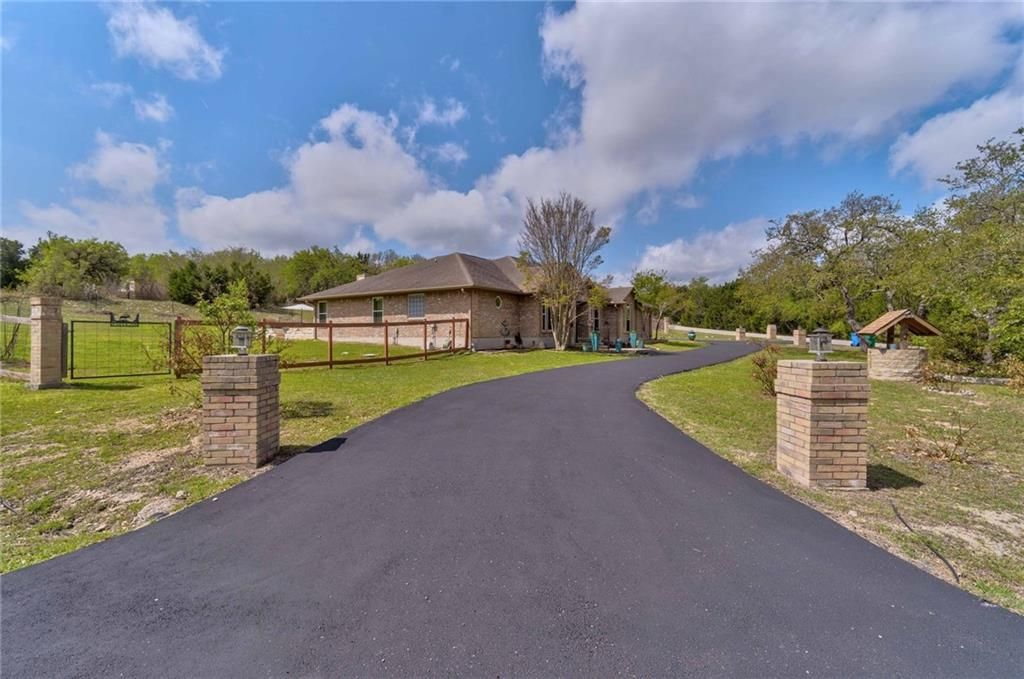 11101 West Cave Circle