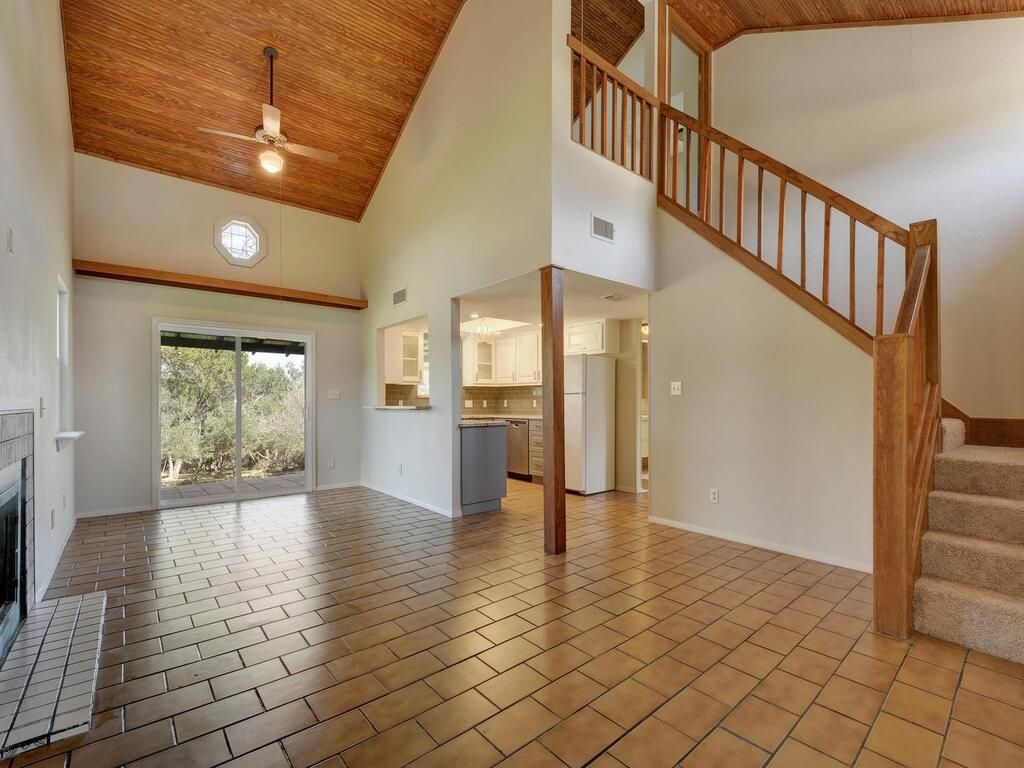 12805 S Madrone Trail