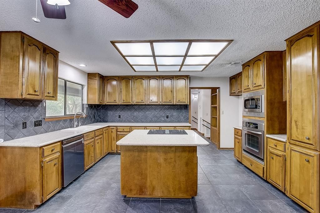 5700 Painted Valley Drive