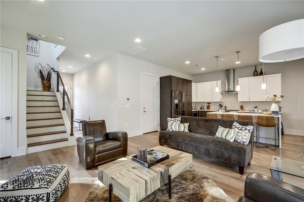 7928 Yellow Thistle Trail