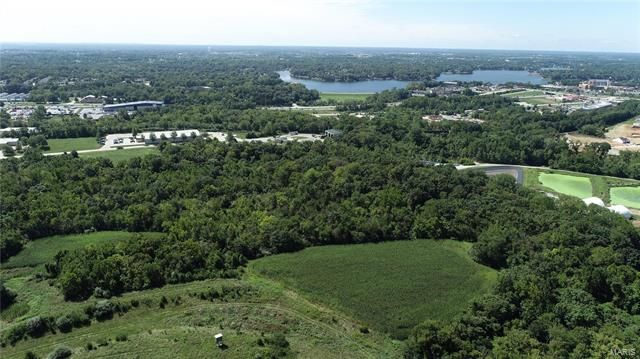 122 +/- Acres. Hoff Road