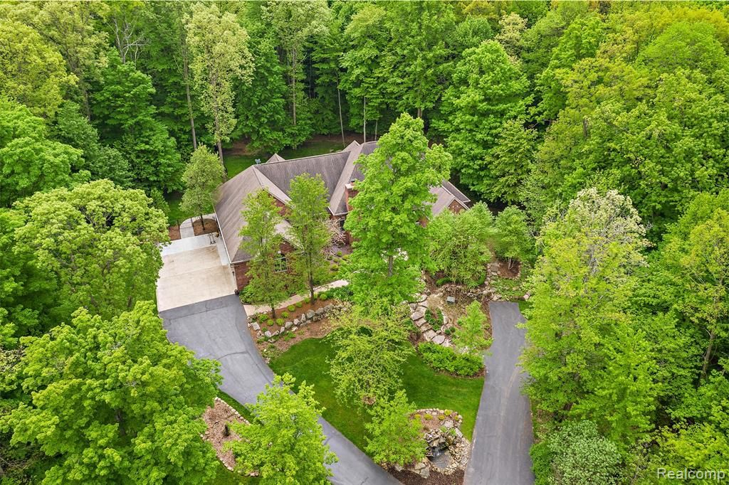 1270 Low Wood Trail