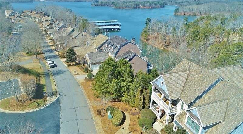 3342 Harbour Point Parkway