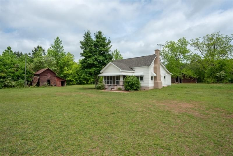 1051 Snapping Shoals Road