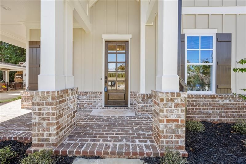 5730 Vineyard Park Trail