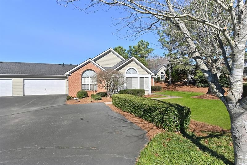 4498 Orchard Trace