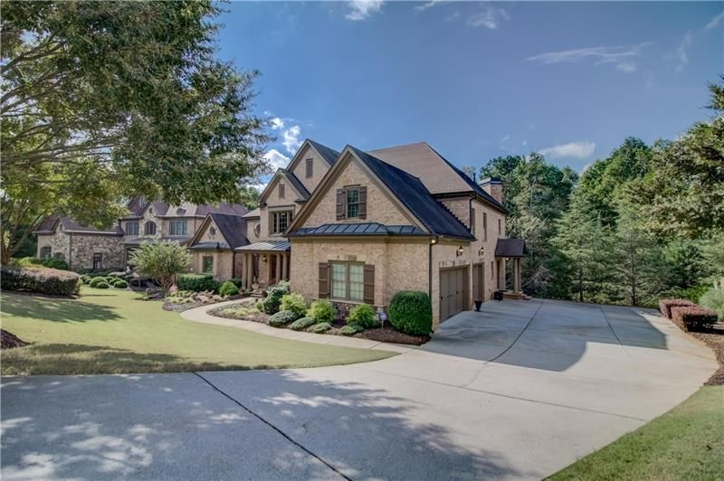 1010 Chivencester Court