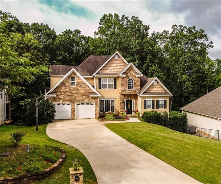 404 Creek View Court