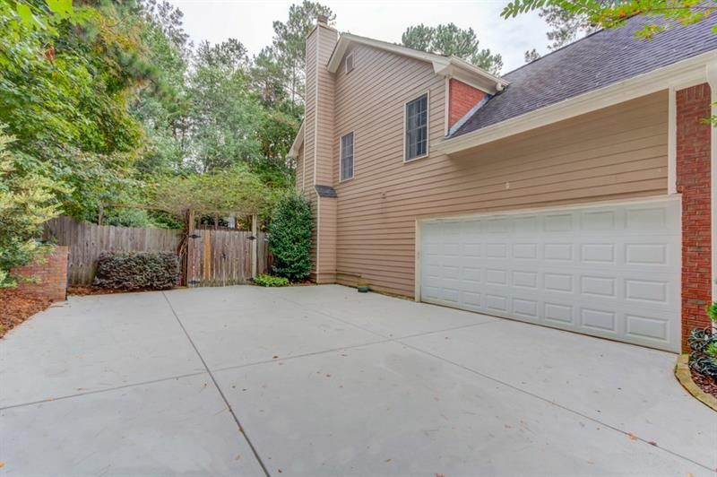 5569 Snowy Orchid Drive