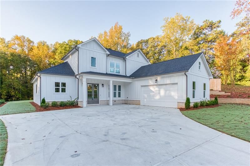 3422 Lower Roswell Road