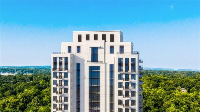 2520 Peachtree Road NW