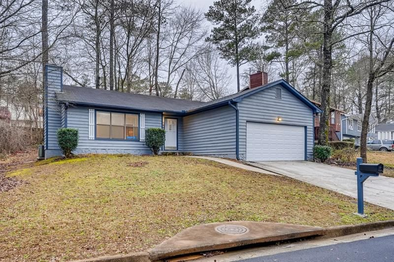 2217 Lowtrail Court