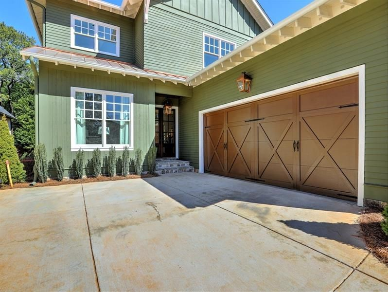2604 Middle Coray Circle