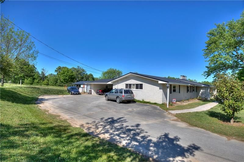 1408 Boone Ford Road SE