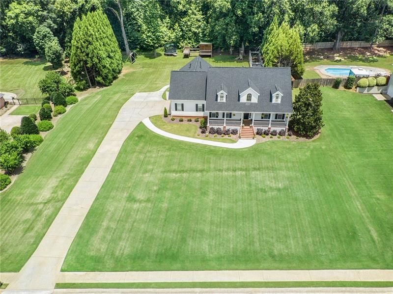 225 South Fork Road