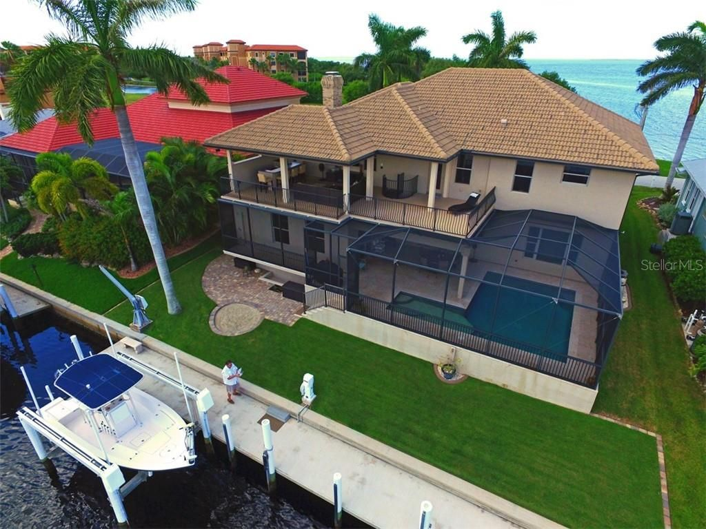 44 Colony Point Drive