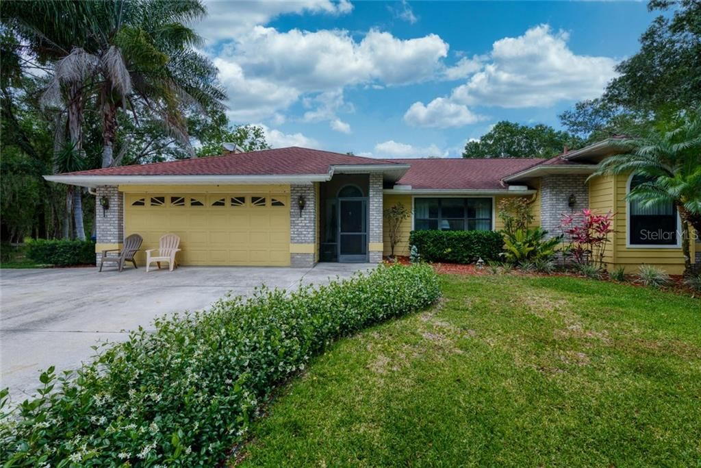 2107 Moccasin Hollow Road