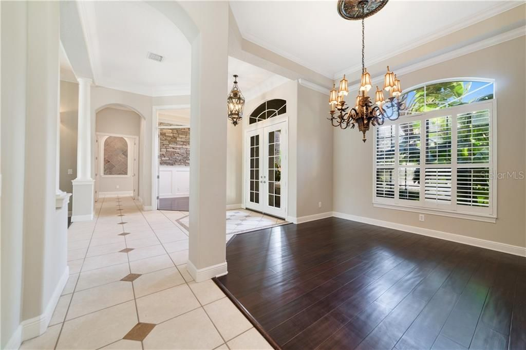 1807 Palm View Court