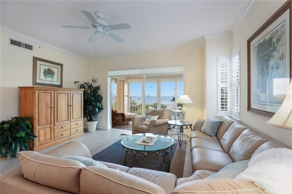 733-2 South Harbor Drive