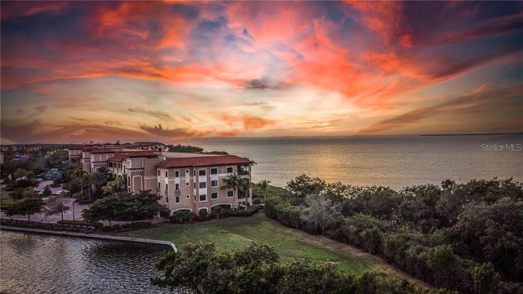 61 Colony Point Drive