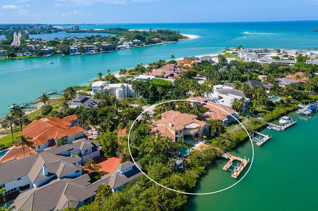25 Lighthouse Point Drive