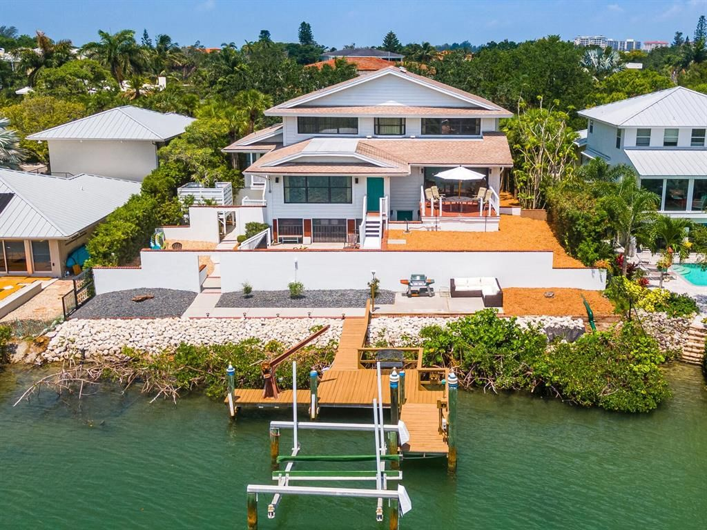 3977 Roberts Point Road