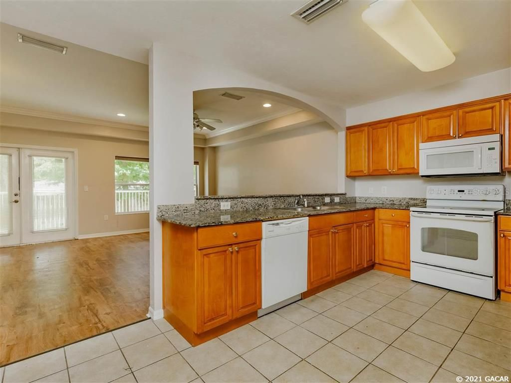 542 NW 39th Road