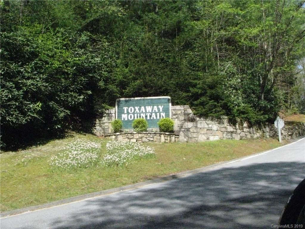4 Toxaway Drive