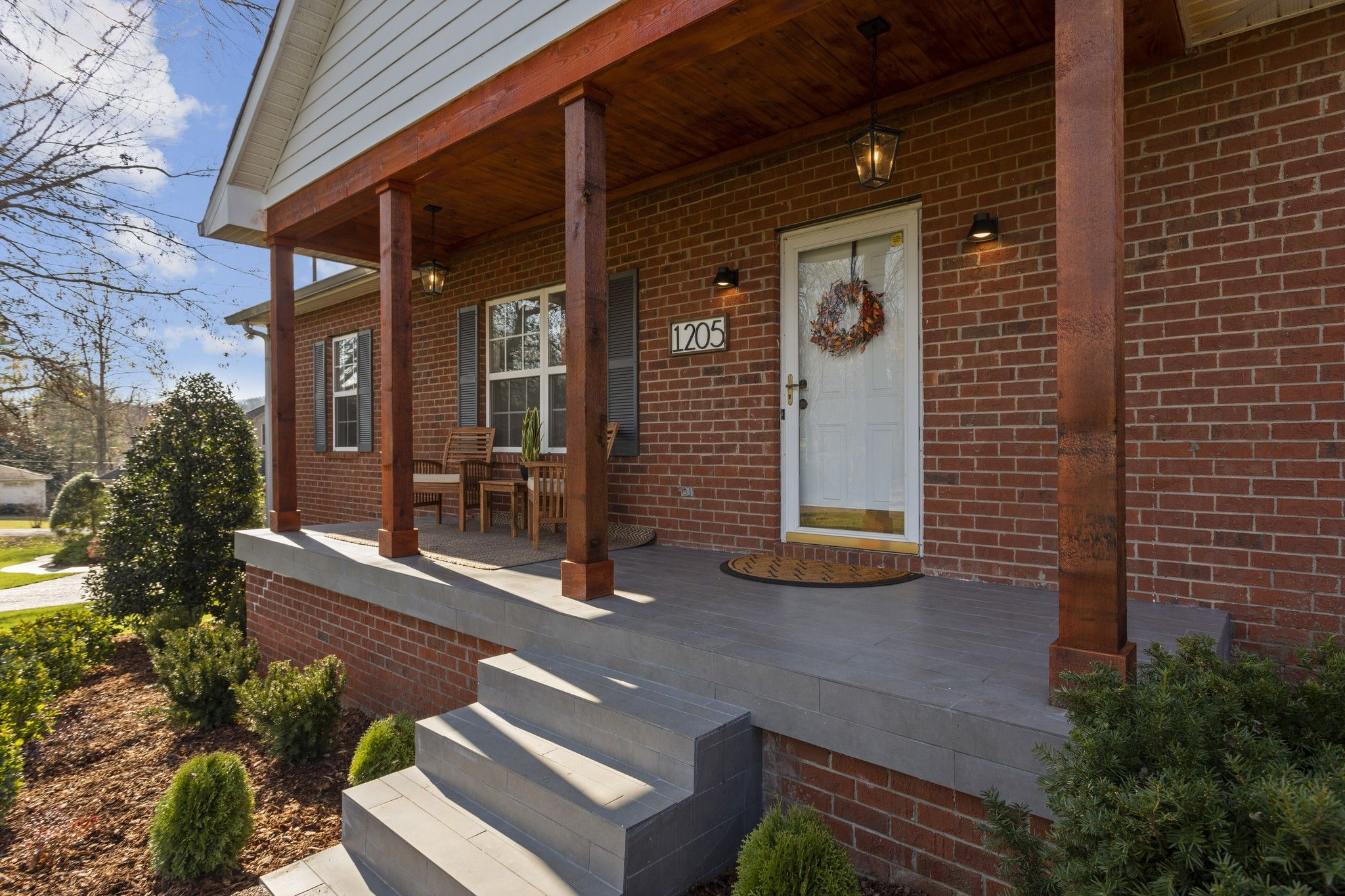 1205 Alfred Dr