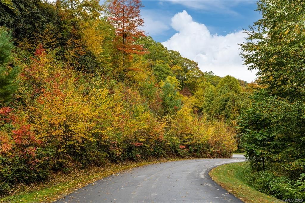 299 High Hickory Trail