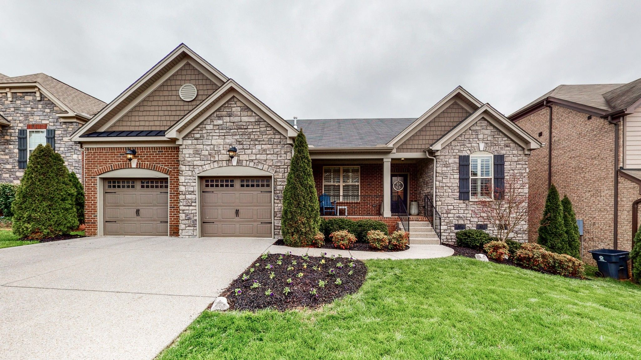 213 Foxley Ct